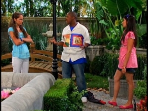 Natalie Amenula in Cory in the House 7